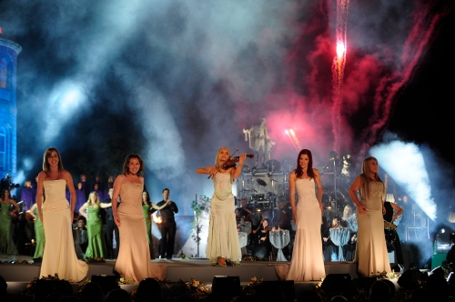 Celtic Woman - Show Songs From The Heart