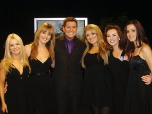 Celtic Woman com Jim Masters