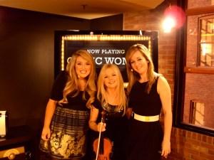 Chloe, Mairead e Lisa