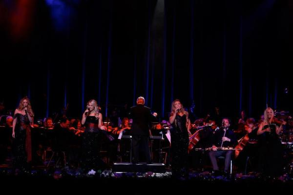 celtic woman symphony tour 2012